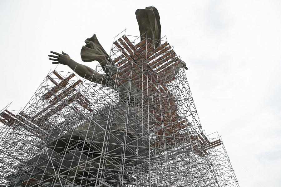 реставрация монумента «Родина-мать зовет!»