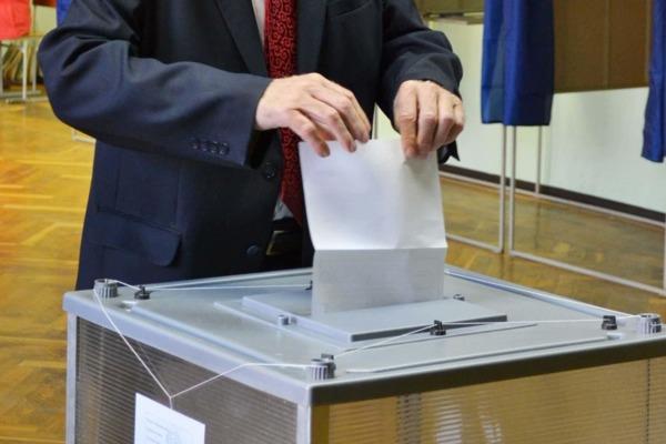На данный момент Территориальную избирательную комиссию Камышина подали уведомления на выборы в областную думу трое претендентов.
