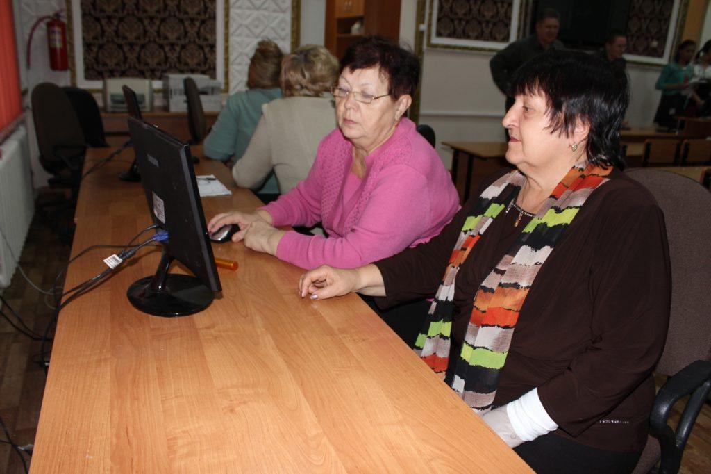 Курсы компьютерной грамотности для пожилых людей в Камышине